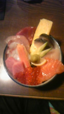 北海道札幌市「海鮮丼」