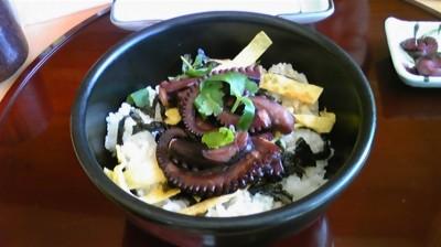 兵庫県明石市「明石煮だこ丼」